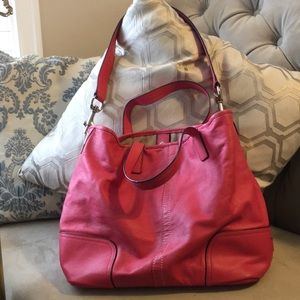 Coach purse Pink. Handles and shoulder strap